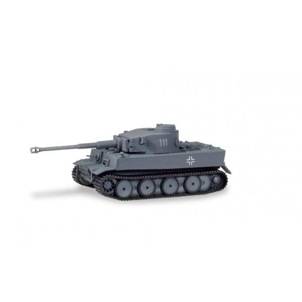 Herpa 745987 czołg Tiger H1 numer boczny 111  Ostfront  (H0)