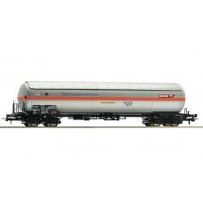 Już w sprzedaży Roco 67580 wagon cysterna Petrochemia Płock (H0)
