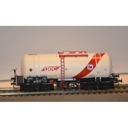 Już w sprzedaży Robo 13054021 wagon cysterna Zaes DEC CPN  PKP  ep.V (H0)