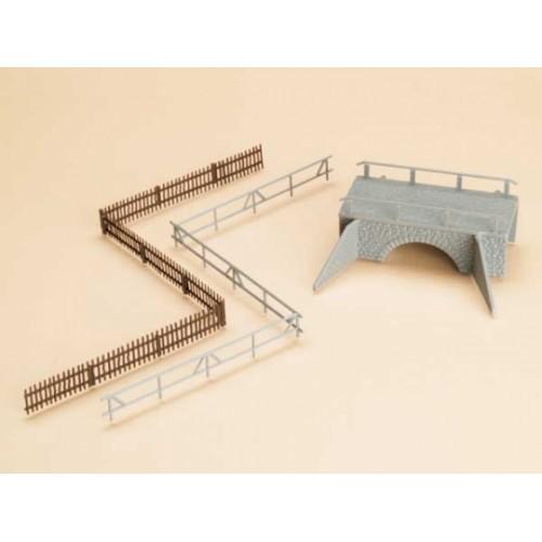 A42555 mały mostek i ogrodzenia wiejskie  (H0)