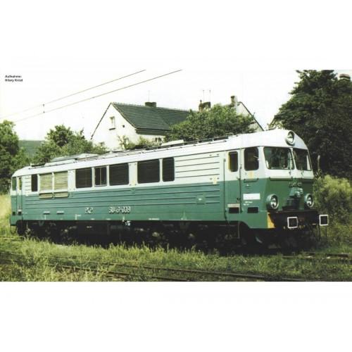 p52862 lokomotywa spalinowa SU46   PKP ep.V DCC Sound  (H0)