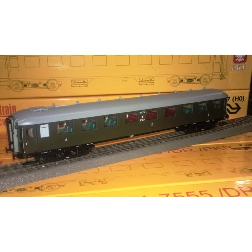 et10009 wagon osobowy 2/3 kl.  012 234 PKP ep.IIIb (H0)