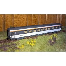 RC45206 wagon restauracyjny SNCF ep.V (H0)