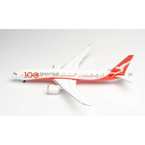 "Herpa 570756  samolot Qantas Boeing 787-9 Dreamliner - 100th Anniversary ""Longreach"" -VH-ZNJ  (1:200)"